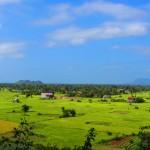 Farbenprächtige Landschaft um Kampot