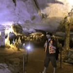 Tobi in der Khong Lo Cave