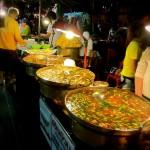 Die Fressmeile beim Chiang Mai Countdown 2012
