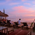 Sunset am Kuta Beach (Full Moon Bar)
